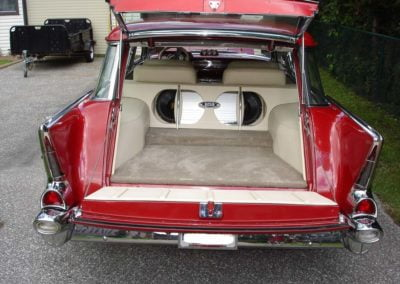 1957ChevyNomadWagon-4